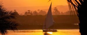 Felucca Cruise - Menyusuri Sungai Nil - Mesir Paket Umroh Plus Mesir
